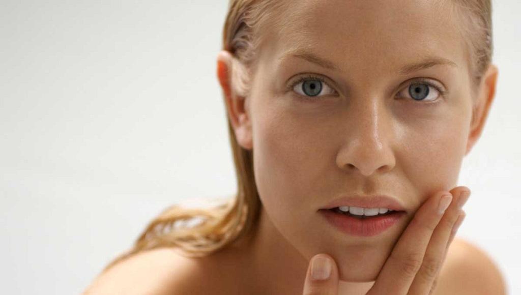 Этапы ухода за сухой кожей лица с использованием профессиональных косметических препаратов